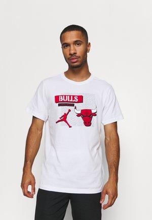 NBA CHICAGO BULLS STATEMENT JORDAN STATEMENT TEE - Squadra - white