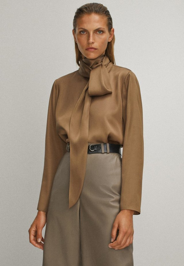 WITH TIE DETAIL - Blouse - brown