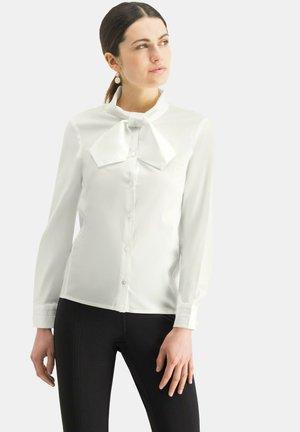 BONIWA - Button-down blouse - weiãŸ