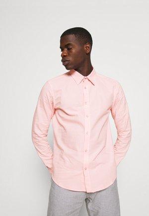 CORE STRIPE SHIRT - Koszula - pale pink
