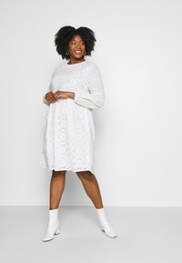 Glamorous Curve - BRODERIE DRESS - Day dress - ivory - 1