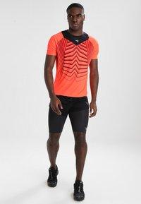 Diadora - RACE  TEAM - Pantalón corto de deporte - black - 1