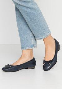 s.Oliver - 5-5-22112-24 - Ballet pumps - navy - 0