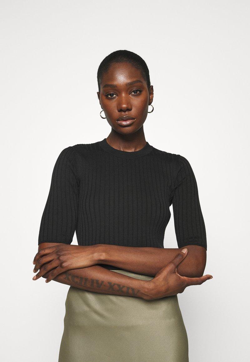 ARKET - Long sleeved top - black