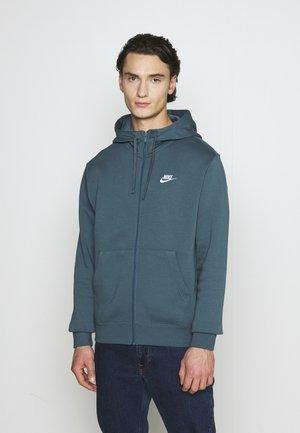 CLUB HOODIE - Zip-up hoodie - ash green/white