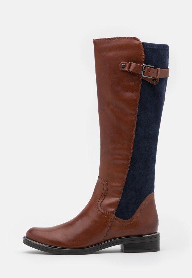 Vysoká obuv - cognac/ocean