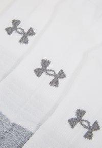 Under Armour - HEATGEAR LOCUT 3 PACK - Chaussettes de sport - white/steel - 2