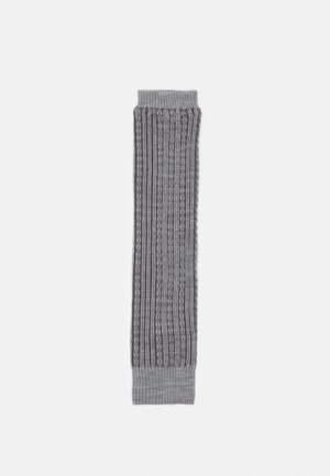 CHAIN STITCH - Leg warmers - light grey