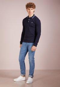 Emporio Armani - Poloshirt - blu scuro - 1
