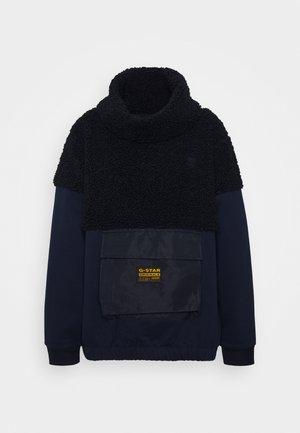 CARLEY HIGH COLLAR SW WMN L\S - Sweatshirt - mazarine blue