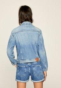 Pepe Jeans - ROSE  - Kurtka jeansowa - blue - 2