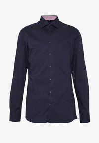 SLIM FIT KENTKRAGEN - Formal shirt - navy