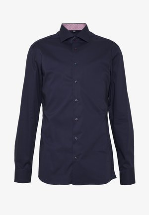 SLIM FIT KENTKRAGEN - Formal shirt - navy