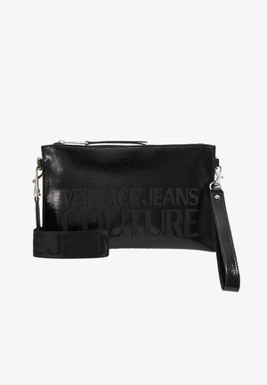 PATENT POUCH ON STRAP LOGO - Clutches - black