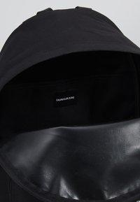 Calvin Klein Jeans - SPORT ESSENTIALS BACKPACK - Batoh - black - 4
