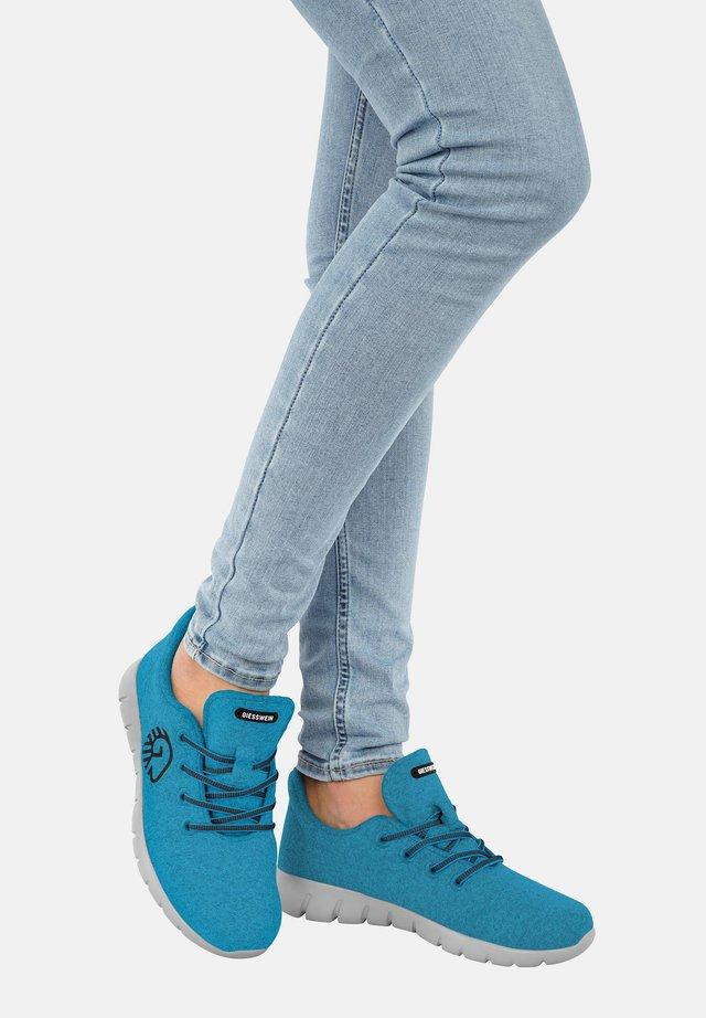 MERINO RUNNERS - Sneakers laag - turquoise