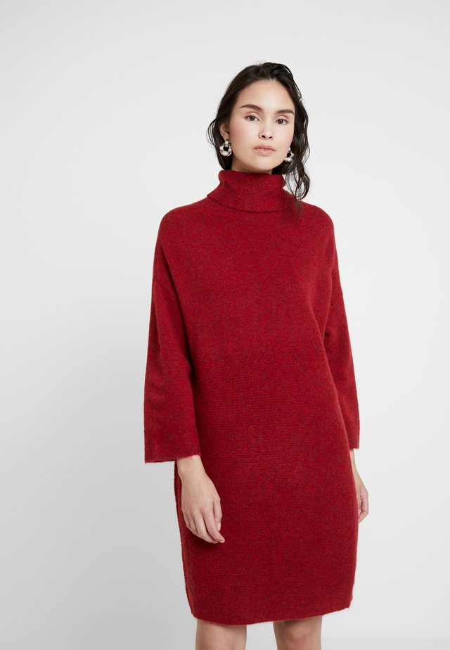 JUANA - Gebreide jurk - red