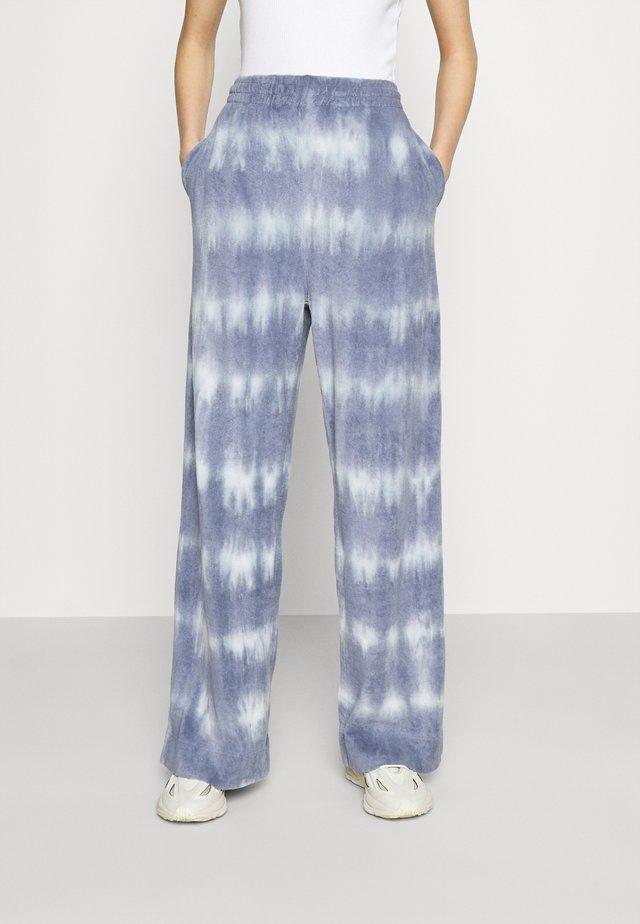 ROXA TROUSERS - Pantalones - blue