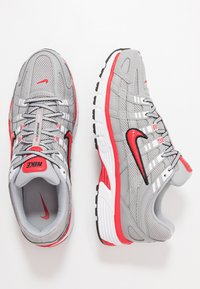 Nike Sportswear - P-6000 - Trainers - football grey/university red/black/white - 2