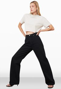 Trendyol - Flared Jeans - black - 1