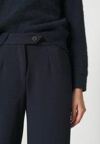 Vero Moda - VMBECCA PANTS  - Trousers - navy blazer - 4