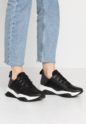 EMERALD BAY - Sneaker low - black