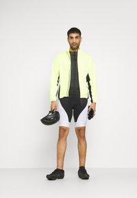 Gore Wear - MAGIX SHORTS MENS - Legging - black/white - 1