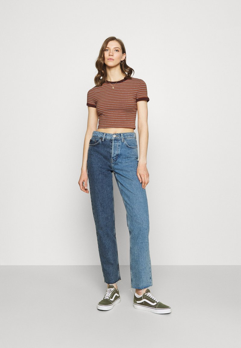 Weekday - GEMINI 2 PACK - Print T-shirt - brown/white