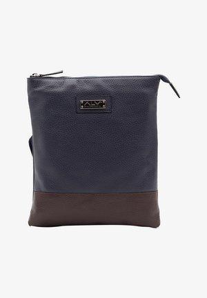 Across body bag - blu-bordeaux