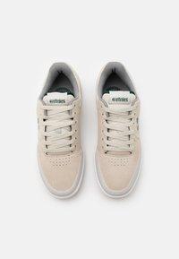 Etnies - MARANA - Skateschoenen - white/green - 3