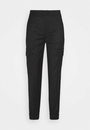 FREIGHT - Pantaloni cargo - schwarz