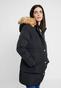 Anna Field MAMA - Płaszcz zimowy - black - 0