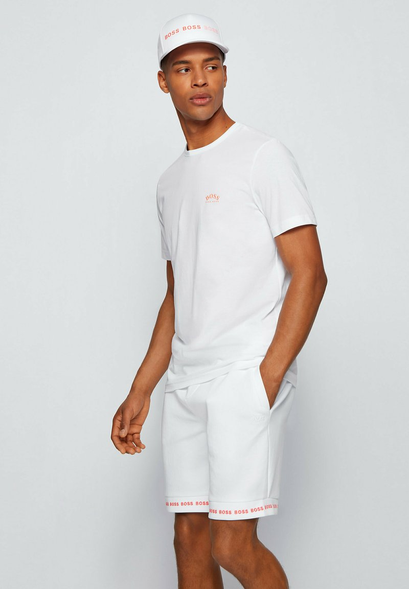 "BOSS - ""TEE CURVED"" - Basic T-shirt - natural"