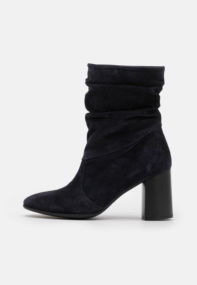 AGATA - Classic ankle boots - marino