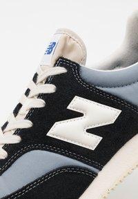 New Balance - C100 UNISEX - Zapatillas - grey/black - 5