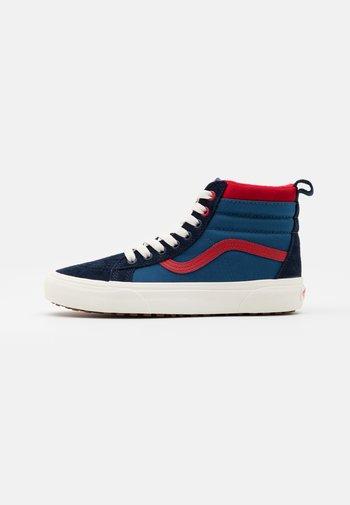 SK8 MTE UNISEX - Höga sneakers - navy/red