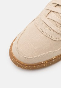 Jack Wolfskin - ECOSTRIDE LOW  - Trainers - natural - 5
