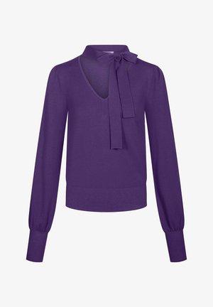 MIT ZIERSCHLEIFE - Jumper - deep violet
