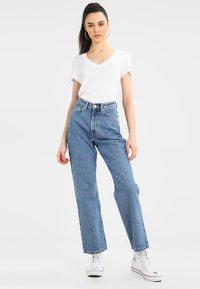Weekday - ROWE FRESH - Jeans Straight Leg - sky blue - 1