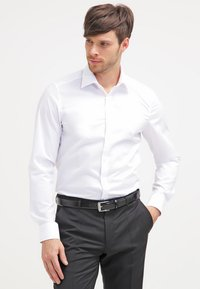 OLYMP Level Five - OLYMP LEVEL 5 BODY FIT - Formal shirt - weiss - 0