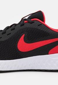 Nike Performance - REVOLUTION 5 UNISEX - Neutral running shoes - black/university red/white - 5