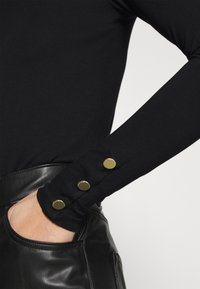 Dorothy Perkins - T-shirt à manches longues - black - 4