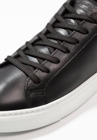 GARMENT PROJECT - TYPE - Sneakers basse - black - 5