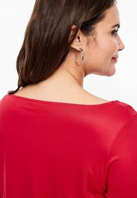 Triangle - MIT WASSERFALL - Long sleeved top - red - 3