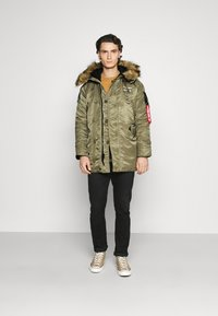 Alpha Industries - AIRBORNE - Cappotto invernale - stratos - 1