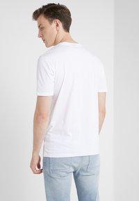BOSS - TRUST - Basic T-shirt - white - 2