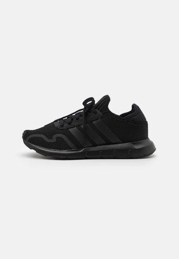SWIFT RUN X UNISEX - Sneakers basse - core black