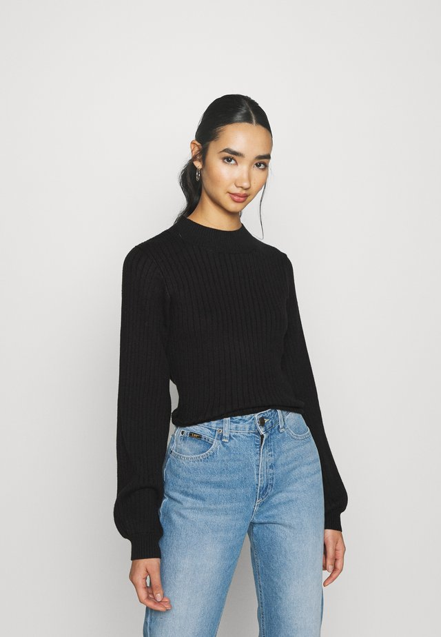 JUMPER WITH LONG SLEEVES HIGH NECK AND CUT OUT BACK - Sweter - black