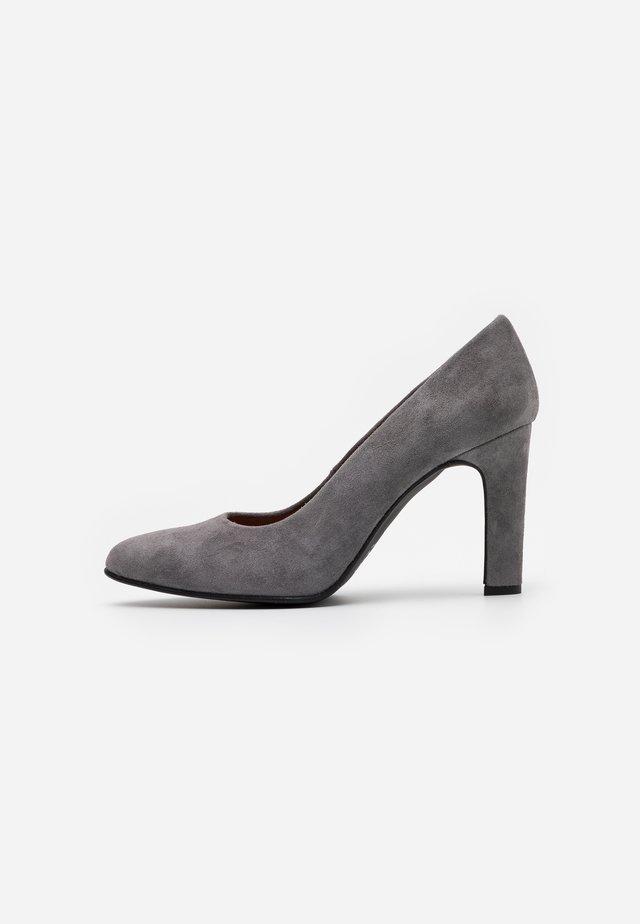 BIBI - High heels - topo