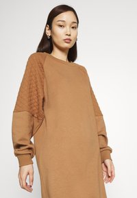 ONLY - ONLSOPHIE QUILT - Day dress - toasted coconut - 3